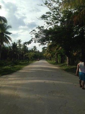 La Luna Island Resort: the road to cloud 9, isn't that beautiful?