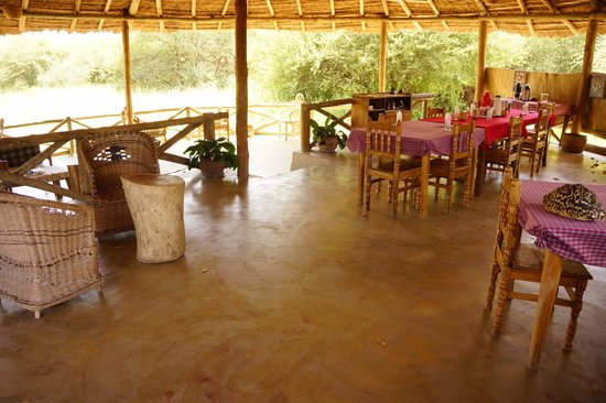 Ol Mesera Tented Camp: Open dining area