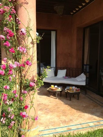 Les Jardins de Zyriab Resort & Spa : Pdj en terrasse