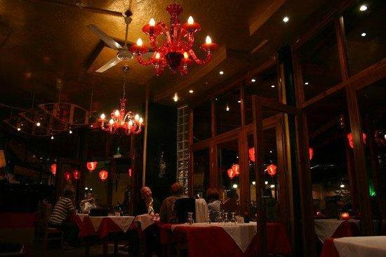 China Palace: Inside