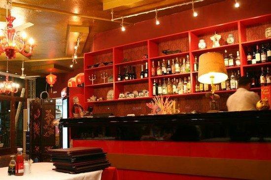China Palace: The Bar