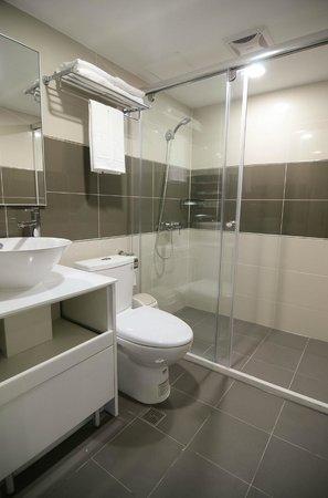 套房內衛浴 Picture Of Green World Hostel Da An Tripadvisor