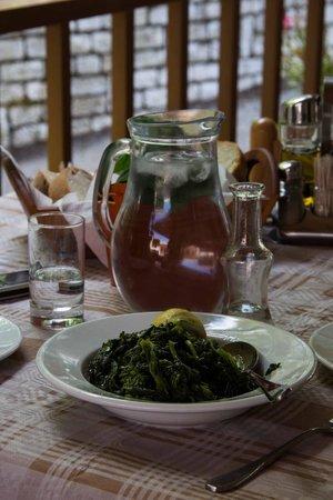 Karya, Греция: Χόρτα εποχής
