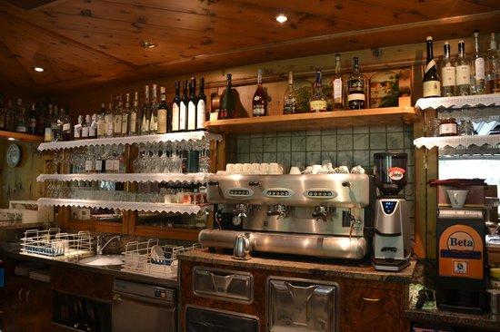 Hotel Foresta: Eexcellent Coffee corner