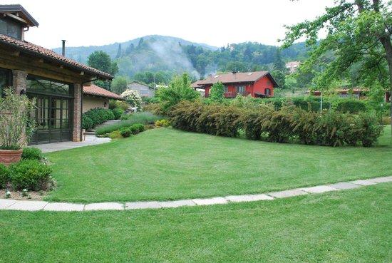 Il giardino foto di san quintino resort busca tripadvisor - Il giardino di mezzanotte ...