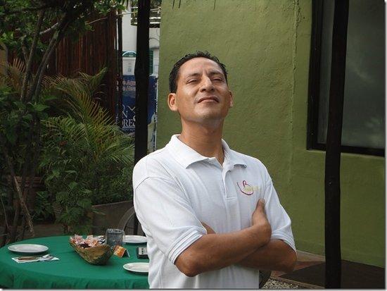 Mayan Bistro: Nickolas