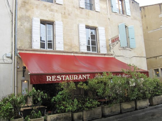 Le Plaza La Paillotte: the exterior of the restaurant