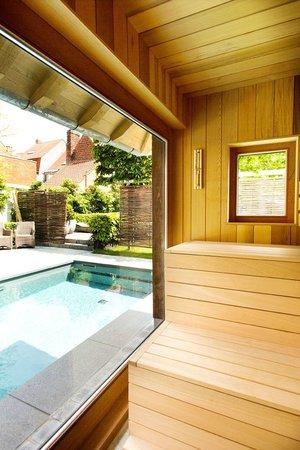 Charming Brugge: panoramic sauna