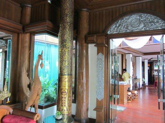 Sirilanna Hotel: reception