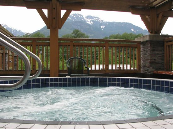 Executive Suites Hotel & Resort: view from hot tub