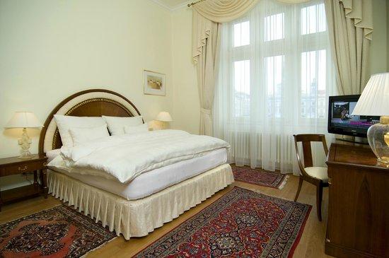 Grand Hotel Zvon: Deluxe room