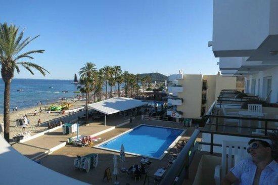 festa sulla spiaggia tutti i pome - Picture of Ibiza Jet ...