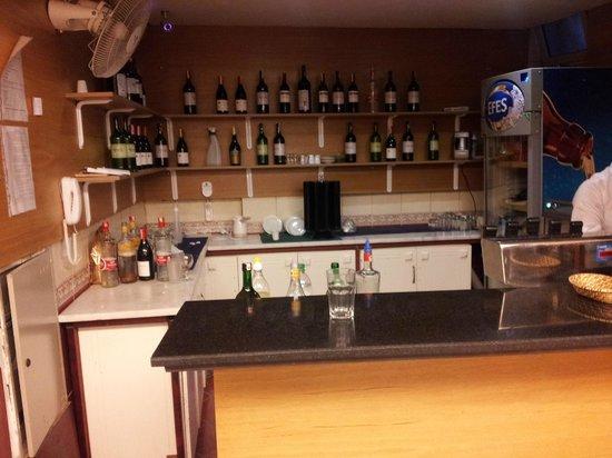 Mehtap Beach Hotel: Bar