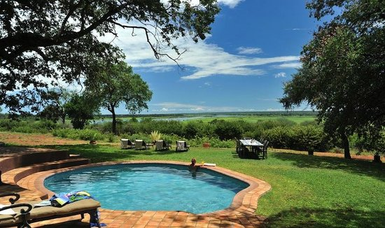 Imbabala Zambezi Safari Lodge: Relaxing in the pool at Imbabala