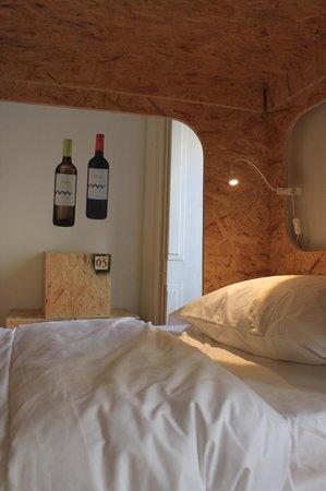 Grapes and Bites : Alento - 6 bed mixed