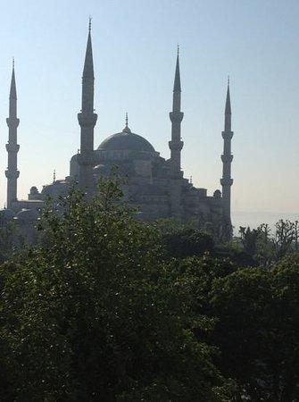 Hotel Turkoman: Add a caption