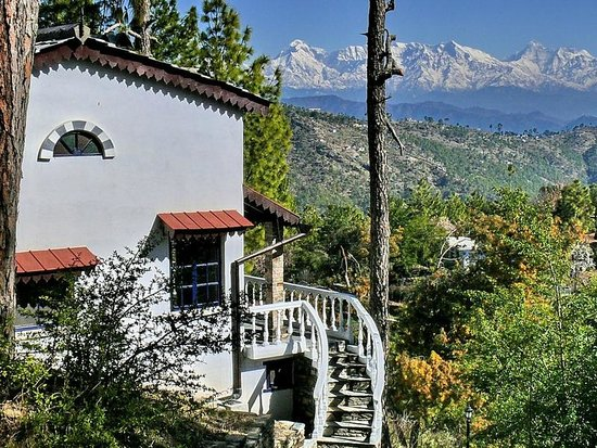 AyurVAID Kalmatia: View of cottage 'Pheasant'