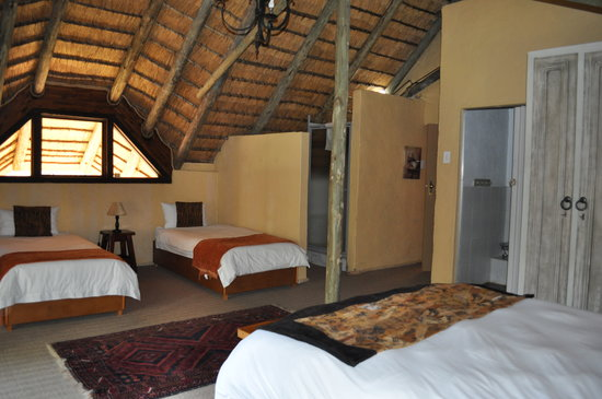 Kaya Khutso Luxury Guest House: Family Room 2