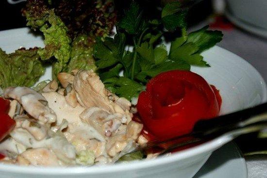 Merhaba Garden Restaurant : VERY GOOD SALAT