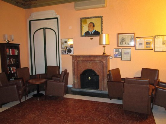Hotel Cuatro Naciones: Salottino comune