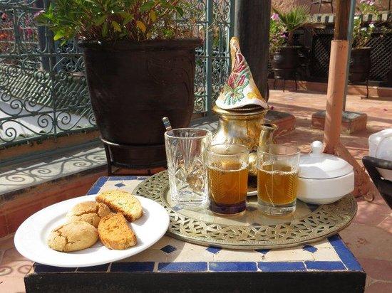 Ghwirate Taalab Bivouac : Refreshments