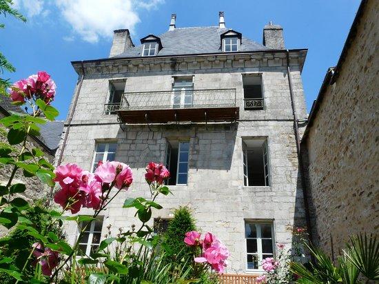 Maison du patrimoine : ... les roses !