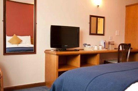 Bedroom at the Innkeeper's Lodge Basingstoke