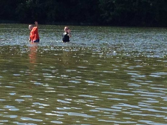 Watermelon Park Campground: Boys playing in the river.