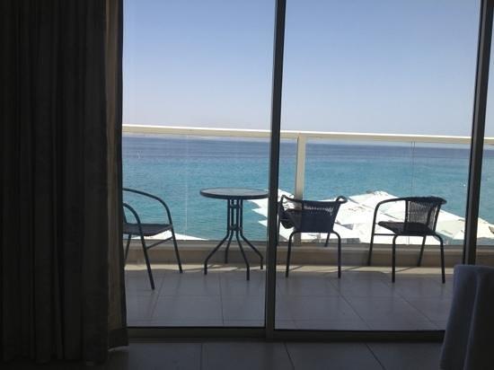 Pninat Coral Beach