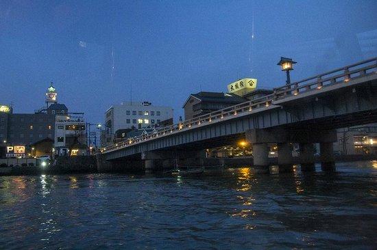 Pleasure Boat at Lake Shinji- The Hakucho: arriving in Matsue at night