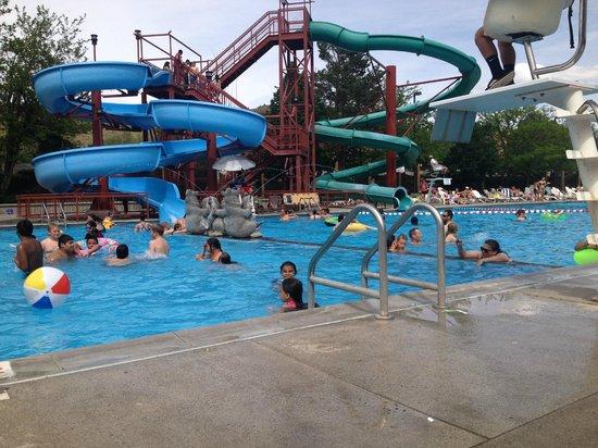 Kah-Nee-Ta Resort & Spa: nice pool