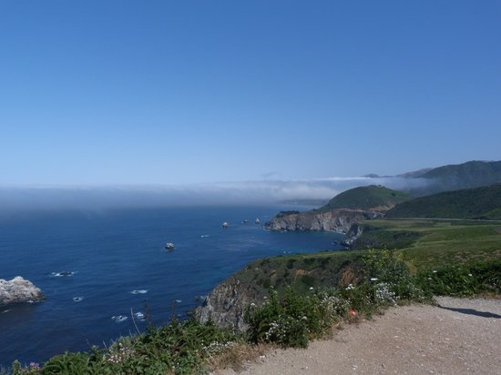 The Inn at the Cove: Views driving  along the Big Sur