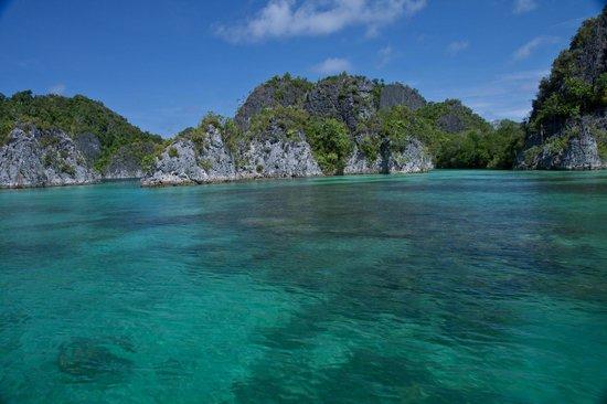 Raja Ampat Islands: Blue lagoon, Raja ampat