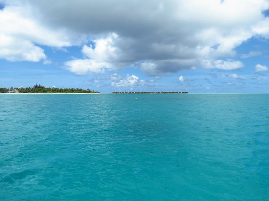 Medhufushi Island Resort: île