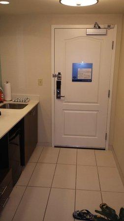 Hampton Inn & Suites by Hilton Halifax - Dartmouth: king bed suite kitchen area.