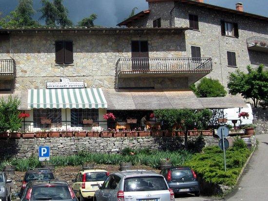 Gaiole in Chianti, Italien: il galletto briaco