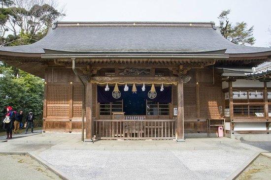 Shiroyama Inari Shrine: the main building