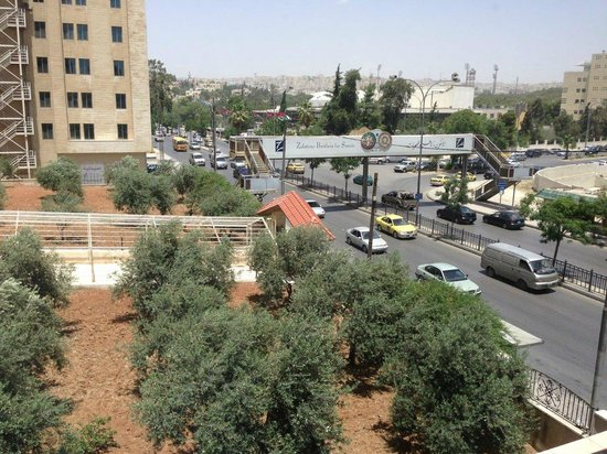 Corp Amman Hotel: View from first floor room