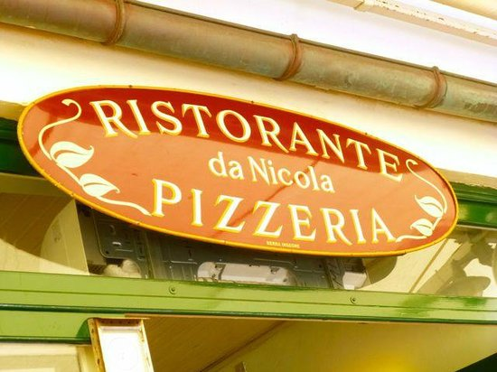 Da Nicola Ristorante Pizzeria: Sign at #8 Via Roma