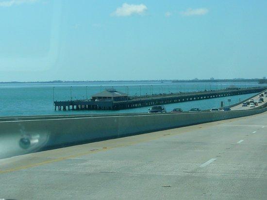 Sunshine Skyway Bridge: Fishing Pier