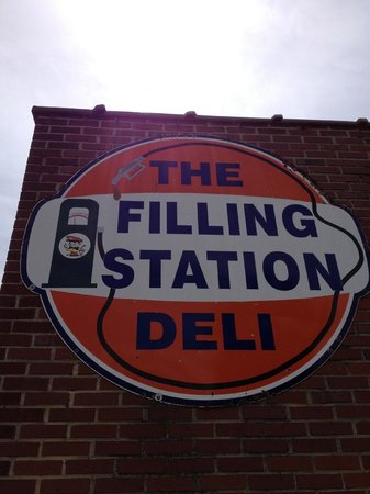 The Filling Station Deli Sub Shop: Sign