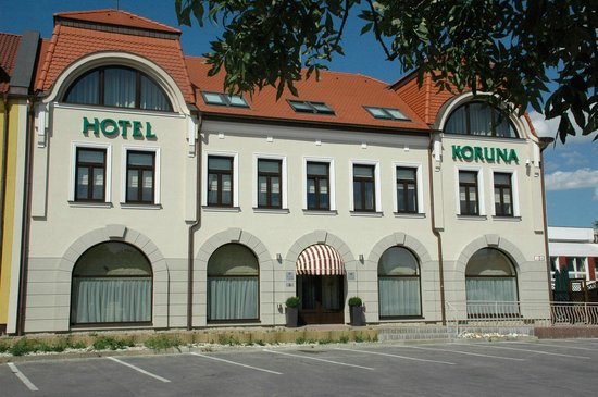 호텔 코루나