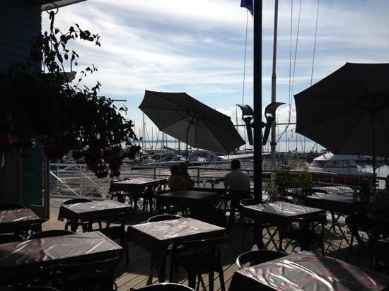 Le club de voile thonon les bains restaurant avis num ro de t l phone photos tripadvisor - Restaurant port de thonon ...