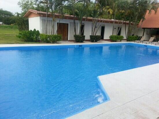 Las Espuelas Hotel: pool