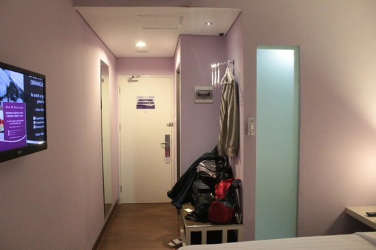 Fame Hotel Gading Serpong: Straight to the door