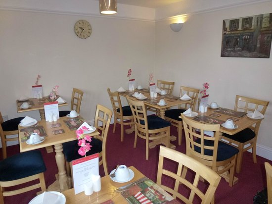 St Edmunds Guest House: Breakfast Room