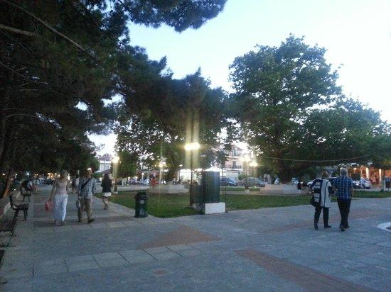 Livadaki Village Hotel: Skala square