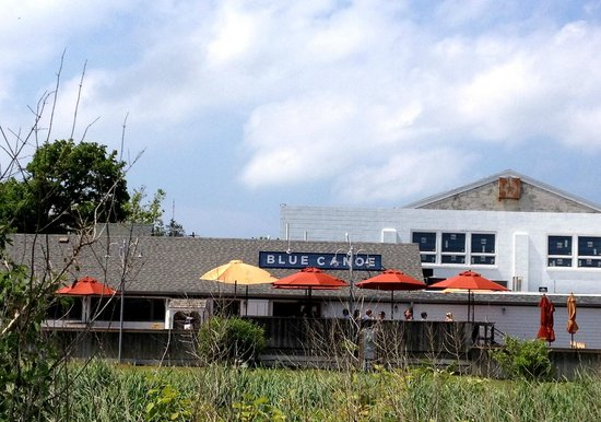 Blue Canoe Oyster Bar: From the boardwalk between the ferry & the carousel