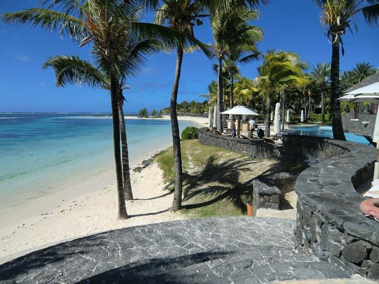 The Residence Mauritius: Acceso a la playa