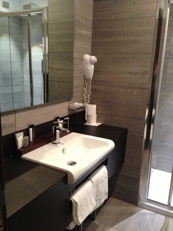 Hotel Trevi Collection: Bathroom